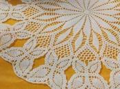 Lavori l'uncinetto: Centro bordo farfalle