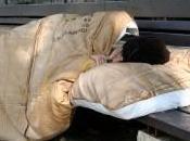 """Crisi: senza lavoro lontani figli. nuovo profilo senzatetto italiani elaborato dall'associazione """"Avvocato strada"""""""