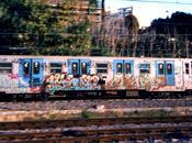 roma sicurezza acqua tutte parti! deposito treni della metro balia ragazzini brufolosi bomboletta spray comune incapace fronteggiarli alza bandiera bianca