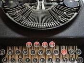 ticchettio produce macchina scrivere