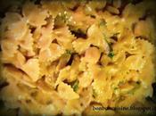 Farfalle panna curry zucchine gamberetti
