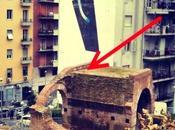 Napoli, pallone finì sull'antico ponte romano