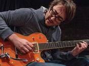 Guitars Speak: chitarra obliqua Aram Bajakian
