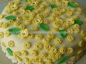 Torta scacchi decorata fiori pasta zucchero