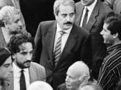 """guerra"""": Palermo negli scatti fotoreporter Tony Gentile. l'autore dell'icona della legalità ritrae Falcone Borsellino"""