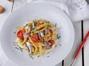 Pici allo zafferano pomodori confit alici crema sedano rapa