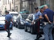 Napoli, scooter inseguono un'auto. Folle sparatoria