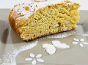Panbrioche alle mandorle Brioche bread with almonds
