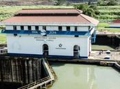 Diario delle stampelle vintage Panama City, oltre canale