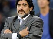 Video. L'ira violenta Maradona dopo partita Pace