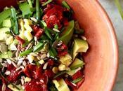 Ricette primavera: avocado, pomodori secchi semi