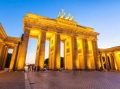 Quanta gente perdendo mega-treno immobiliare Berlino! (insieme tanti altri treni...)