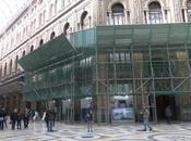 Galleria Umberto impacchettata senza operai: restauro bloccato
