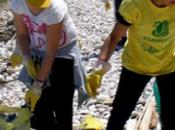 Spiagge Fondali Puliti 2015, caccia rifiuti