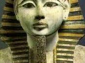 Amenofi faraone fondatore Deir el-Medina