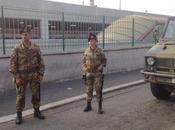 """Roma/ Operazione """"Strade Sicure"""". Bersaglieri Trapani consegnano alla Giustizia donna"""