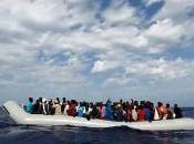 Immigrazione, Libia pronti salpare verso l'Europa 450mila 500mila migranti