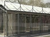 Giorgio Armani sostiene creazione grande padiglione vetrato ricopre l'originario campo tennis Villa Necchi Campiglio Milano