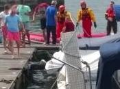 Castelli Cannero: imbarcazione alla deriva guasto motore, soccorsa famiglia tedesca