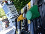 Rincaro benzina, +0,4 centesimi litro. Pronto sciopero