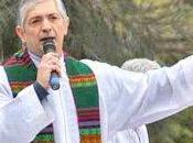 Prete argentino condannato perché aiuta