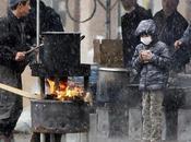 giapponesi terremoto. Come popolo unito straordinaria dignità affronta catastrofe