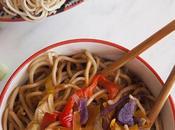 Noodles verdure salsa soia