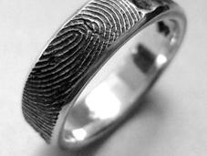 L'impronta digitale diventa gioiello