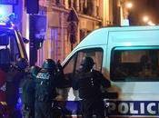Francia ginocchio: morti negli attacchi Parigi