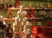 Torna mercato piazza Croce novità: Babbo Natale bionda
