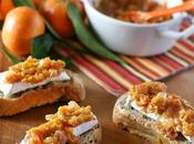 Crostini pane alle noci Camambert chutney clementine Walnuts bread crostini with