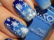 Snowflakes Manicure with Christmas Nail Decoration Plate