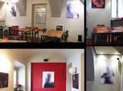 """Foto esposte all'interno locale """"InPiazza"""" Monforte d'Alba"""