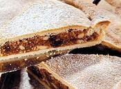 Spongata Brescello antico dolce forno ripieno base miele, mandorle, pinoli sultanina.