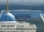 stabilità Kazakhstan graduale percorso verso democrazia