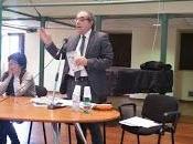Salone della Biblioteca Nazionale Cosenza gremito ascoltare Pierfranco Bruni