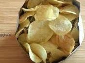 Video Trucco Come mangiare patatine sacchetto senza sporcarsi tenerlo mano.