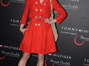 Renee Zellweger trench rosso Milano Tommy Hilfiger