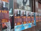 affissioni abusive fake Roma Schifo. Città coperta dimanifesti deliranti infangare blog