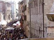 centro storico perugia pronto grande fiera pasqua