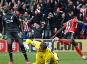 Premier League: incredibile rimonta Saints Liverpool, Benitez pareggia derby salvezza