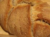 Pane intrecciato integrale lievito madre