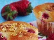 Muffins allo yogurt, fragole muesli