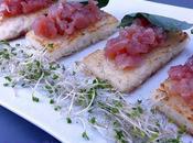 Mattonelle riso croccante foglie d'ostrica tartare tonno