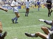 Maradona contro Pelè, Parigi diretta Premium Sport match della pace