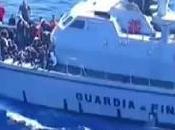 Lampedusa (AG) recupera migranti mare (10.04.11)