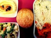 Dove mangia meglio aereo: classifica pasti bordo