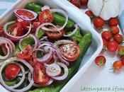 Friggitelli forno prosciutto cotto ricotta, cipolle pomodorini
