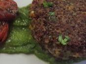 Burger vegan quinoa rossa salsa rucola pomodorini confit