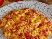 Uova strapazzate pomodoro fresco